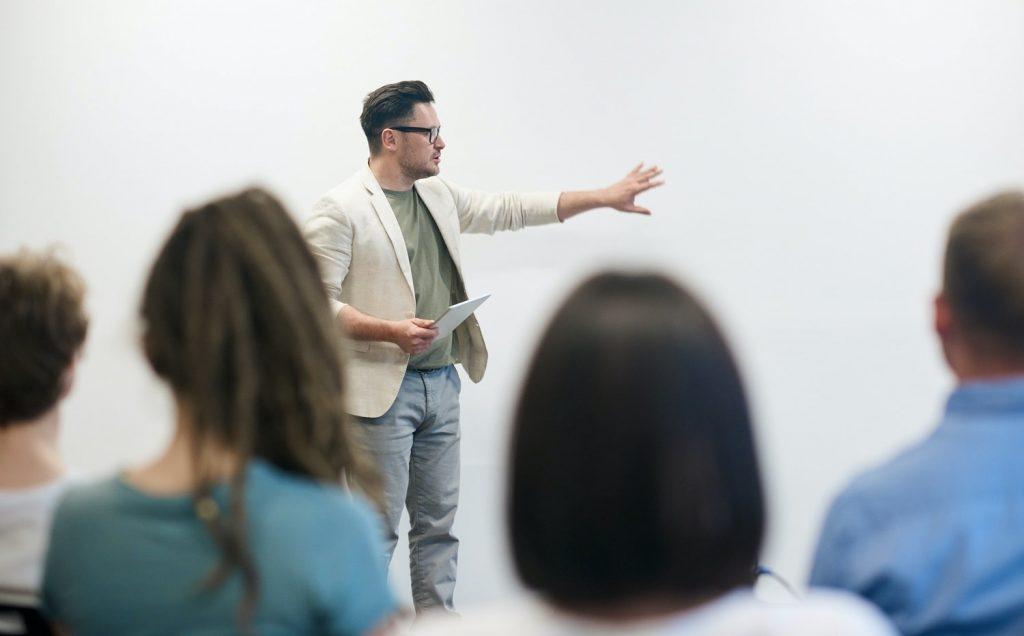 iSmart - podążanie za wykładowcą